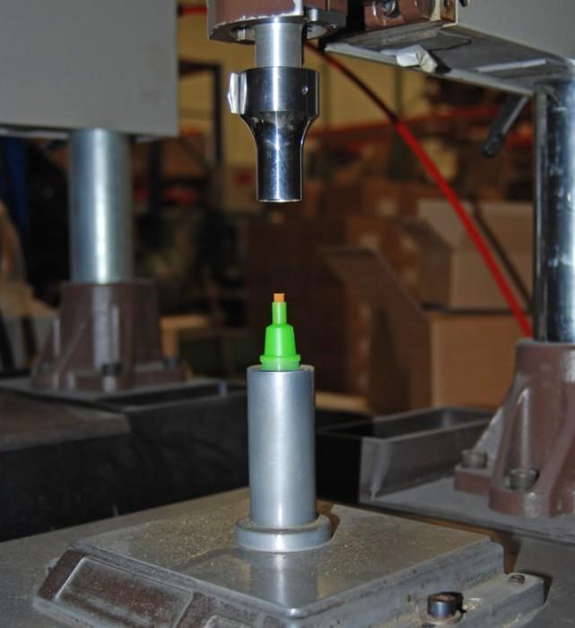 Ultrasonic Welding Cap to Bottle